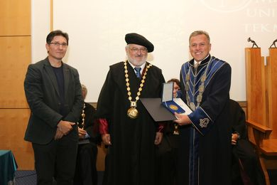 A Prize for the Rector's Wine of the University  of Banja Luka at Maribor International Competition